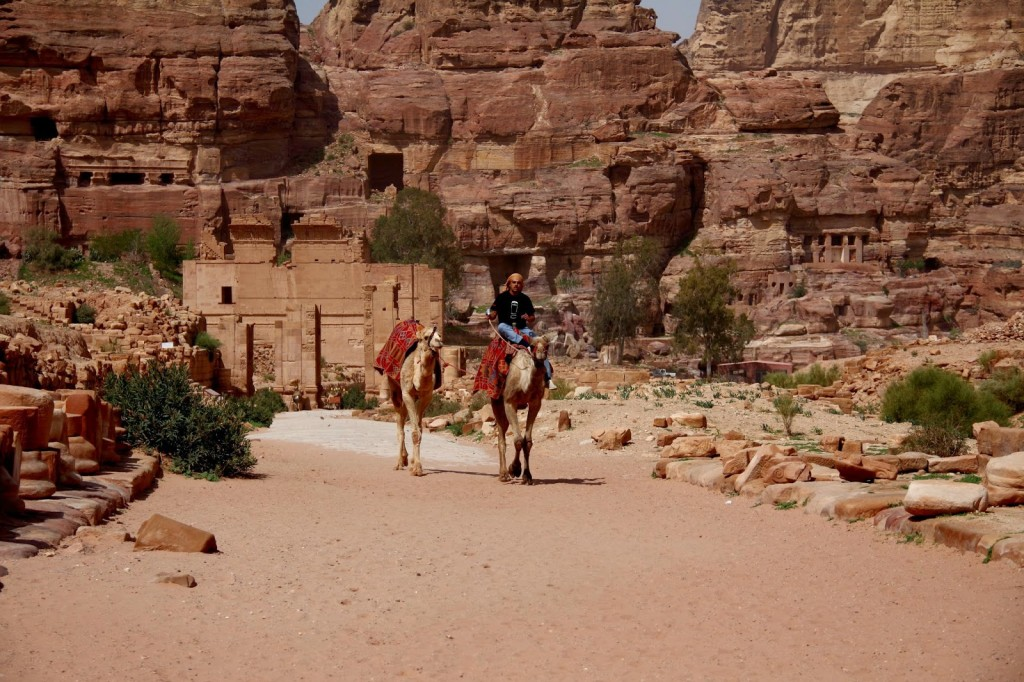 Petra: Colonnaded Street