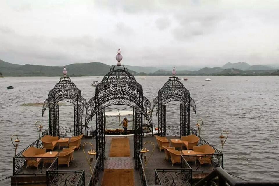 Udaipur: All set to leave for the Taj Lake Palace