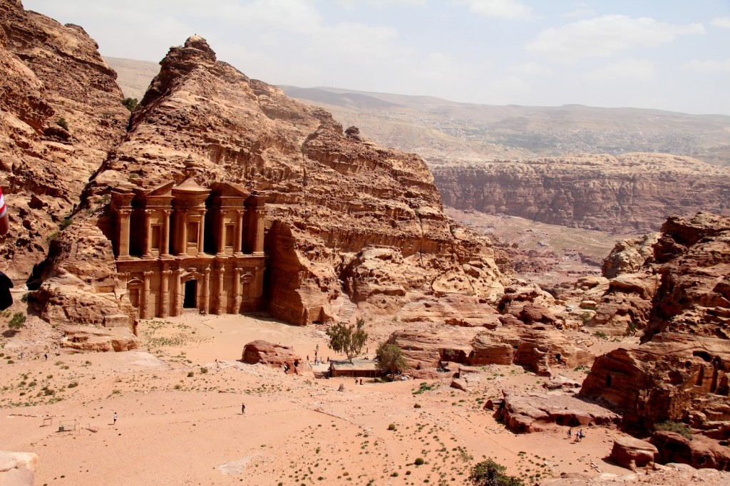 Walking through Petra: We walked over 20 km during the day!