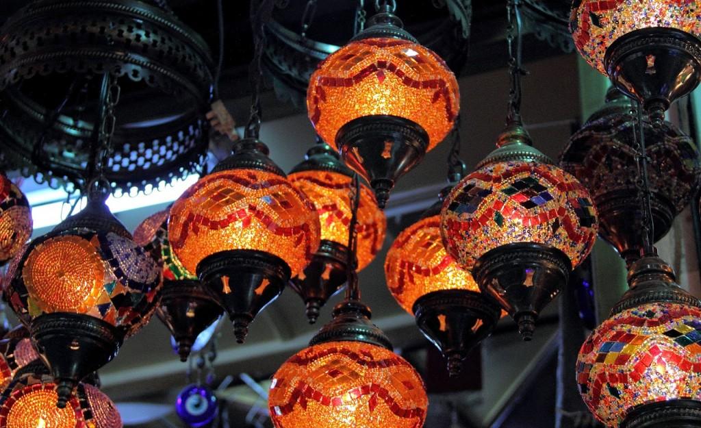Grand Bazaar: Turkish Lamps