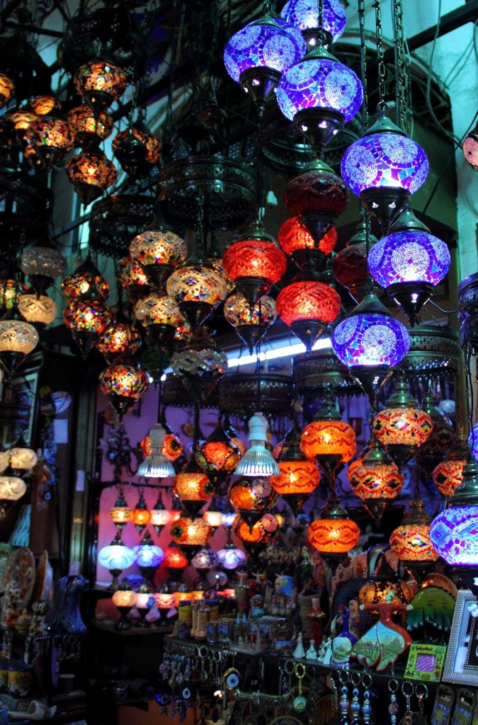 Grand Bazaar: More Turkish lamps!