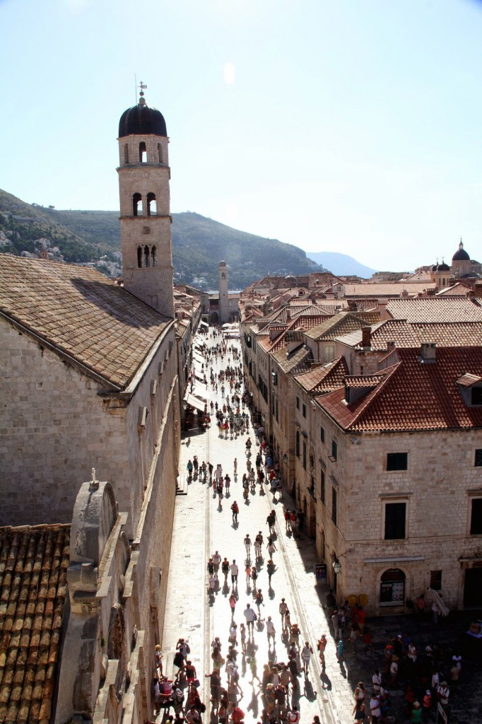 Dubrovnik: Main street as seen from the walls