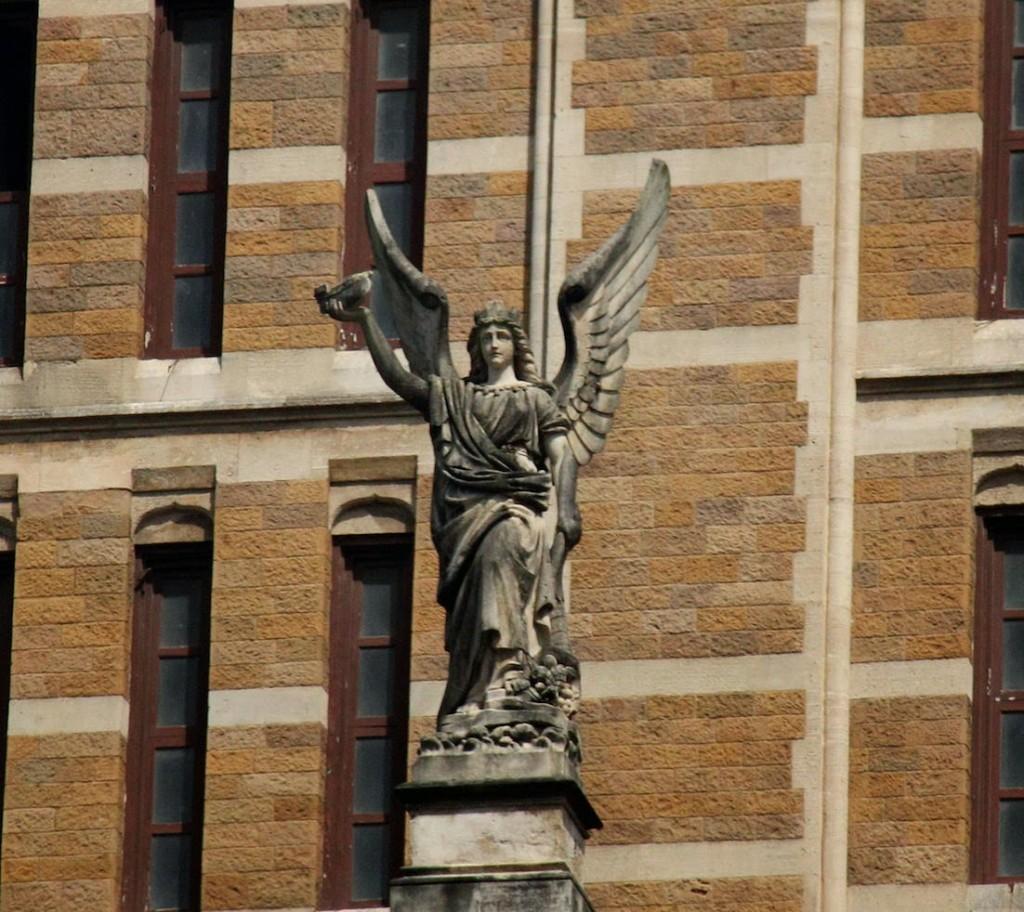 Brihan Municipal Corporation : winged angel