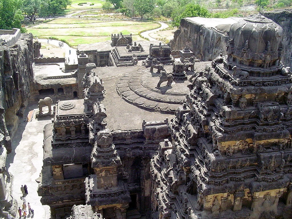 Kailasha Temple by Pratheepps (Own work) , via Wikimedia Commons