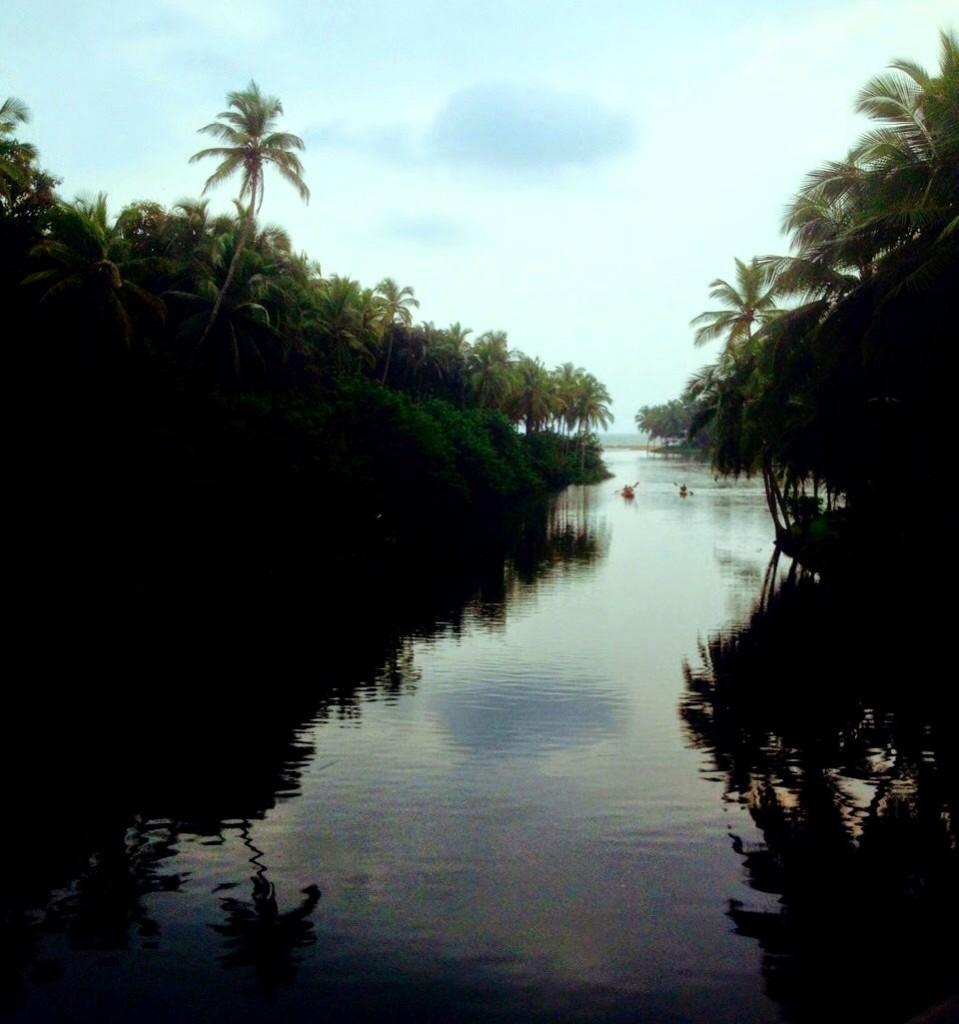 Reflections at Bekal (pic courtesy: Gunjan Kedia)