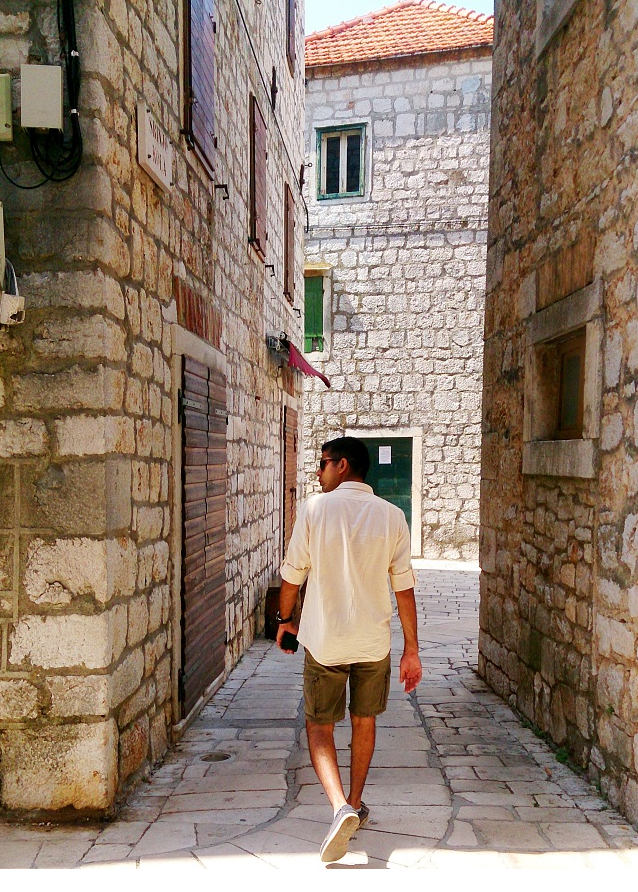 Walking through the cobbled streets of Stari Grad