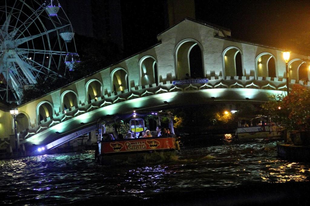 Cruising on the Melaka river